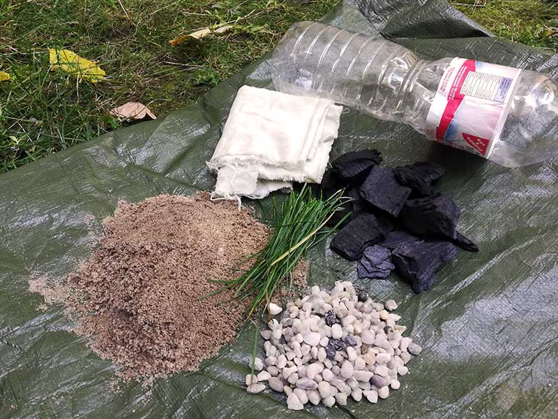 Sand Steine Kohle Wasserfilter